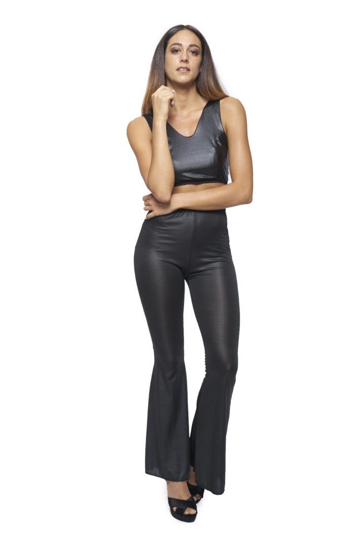 pantaloni-a-zampa-in-ecopelle