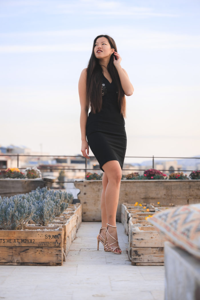 vestito nero in pizzo