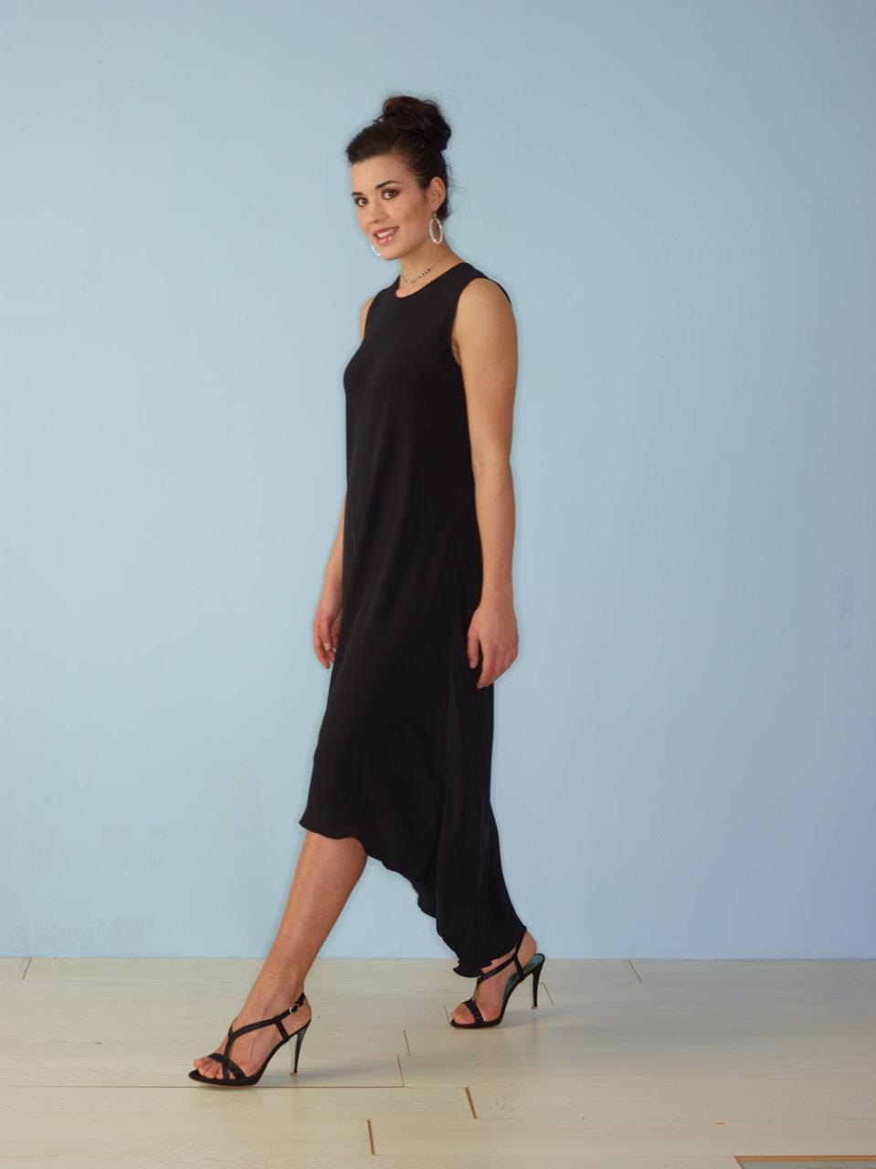 vestito nero elegante smanicato